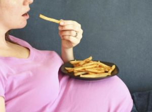 Лишний вес при беременности. Причина возникновения
